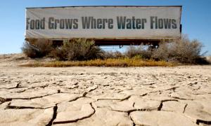 drought-california-trailer